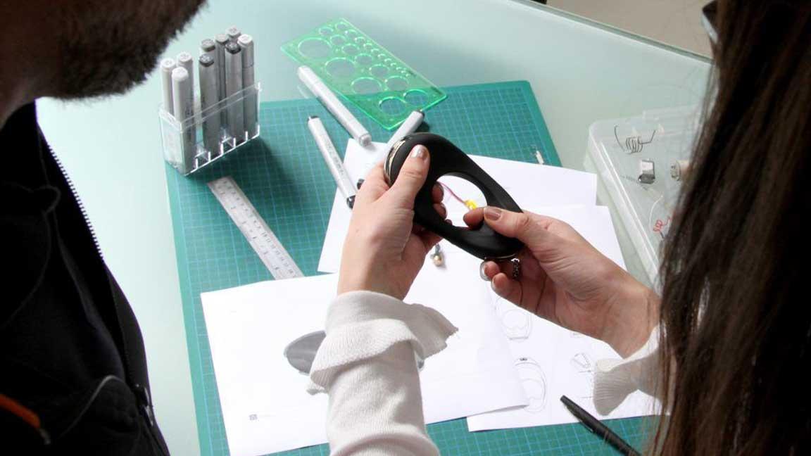 Assembling ATOM prototype