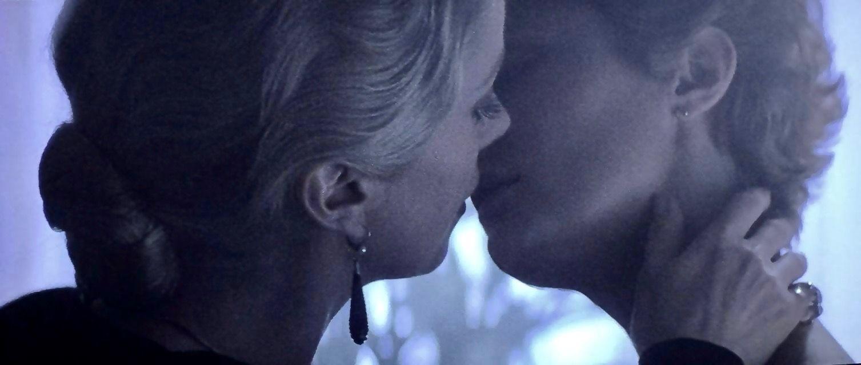 Lesbian scene from The Hunger (1983)